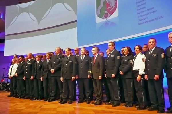 Die geehrten PolizistInnen